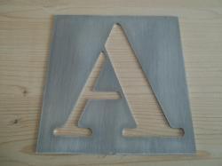 Pochoir lettre en métal modèle BODONI CLASSIC STENCIL