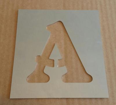Pochoir lettre métal modèle BELSHAW