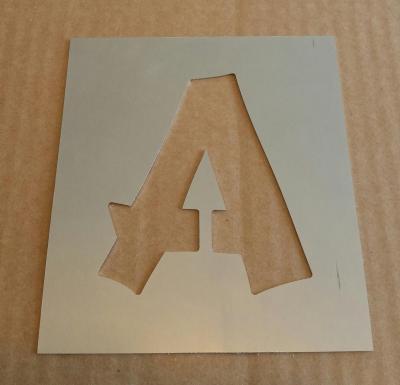 Pochoir lettre métal modèle CANCUN