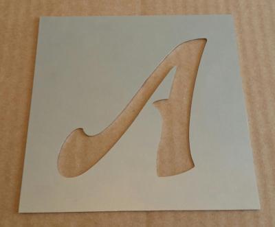 Pochoir lettre métal modèle FELIPE