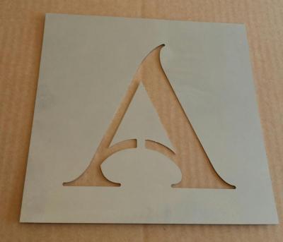 Pochoir lettre métal modèle SHANGRI LA
